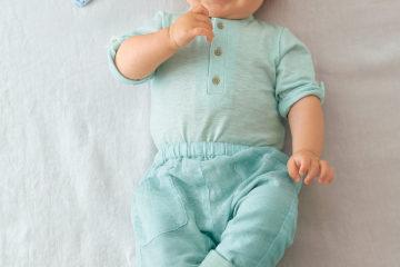 2er-Pack Baby-Bodys mit Stehkragen zartgrün+weiß