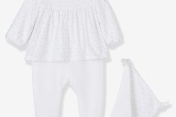 Baby-Set aus Samt-Strampler und Schmusetuch weiß