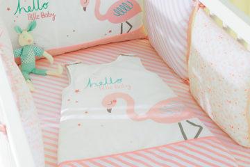 Bettumrandung mit Flamingo wollweiß/rosa Größe 360X30 von vertbaudet