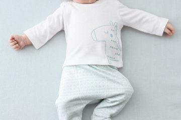 Bio-Kollektion: Shirt und Hose für Babys zartgrün
