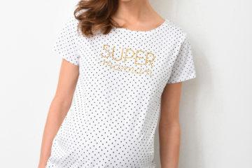 Getupftes Umstands-Shirt weiß bedruckt