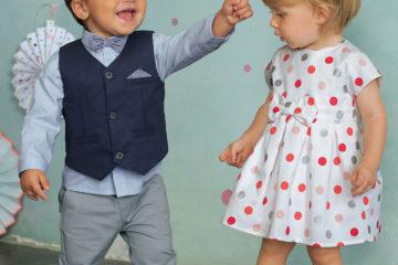 Kurzärmeliges Kleid für Baby Mädchen weiß bedruckt