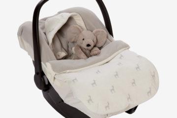 Rentier-Fußsack für Babyschalen wollweiß bedruckt von vertbaudet