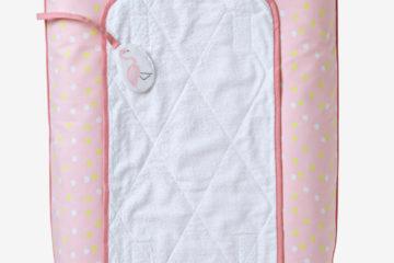 Wickeltischauflage fürs Babyzimmer rosa tupfen von vertbaudet