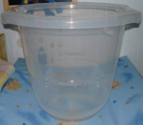 Unser Badeeimer von Tummy Tub